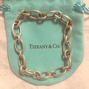 Tiffany&Co clasping link bracelet